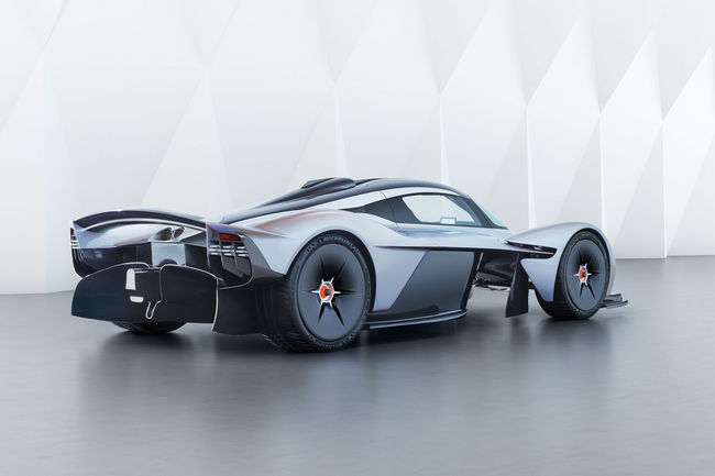 Aston Martin Valkyrie : des performances de F1 ?