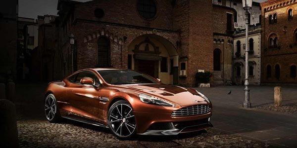Officiel : Aston Martin Vanquish 2012