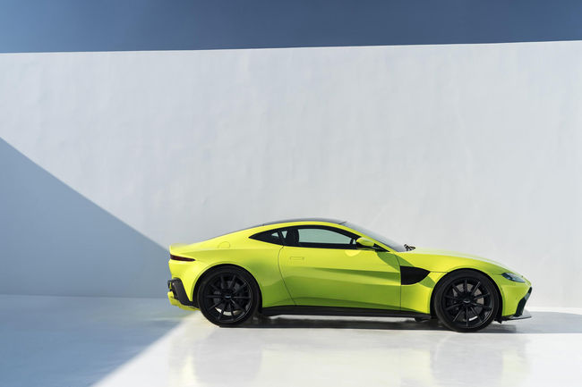 Aston Martin Vantage : production lancée