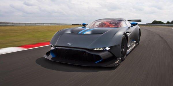 L'Aston Martin Vulcan en vidéo