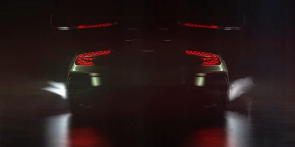 Aston Martin Vulcan : moteur !