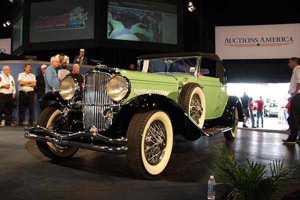 Vente réussie pour Auctions America à Auburn
