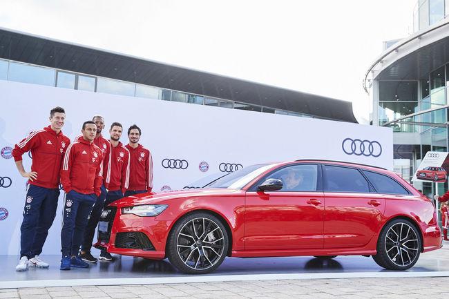 Les stars du Bayern de Munich prennent possession de leurs modèles Audi