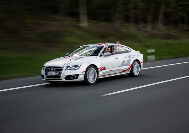 Audi fait tester son concept A7 autonome sur l'autobahn