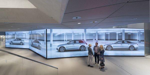 le showroom virtuel d 39 audi arrive paris actualit automobile motorlegend. Black Bedroom Furniture Sets. Home Design Ideas