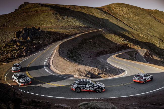 L'Audi e-tron prototype se teste à Pikes peak