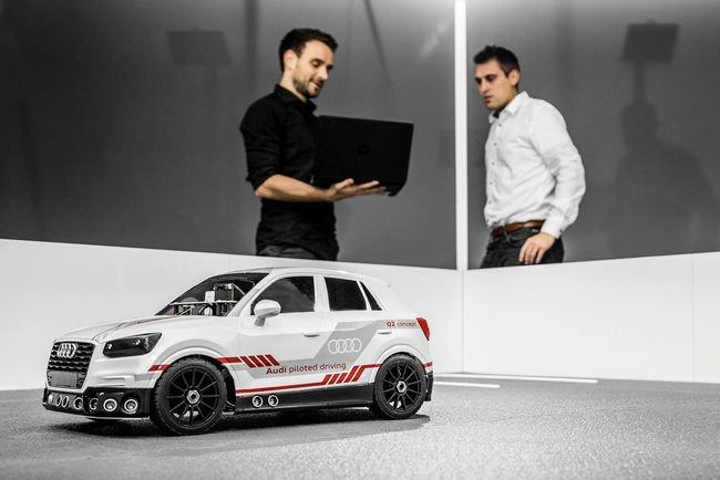 Audi innove avec le concept Q2 Deep Learning