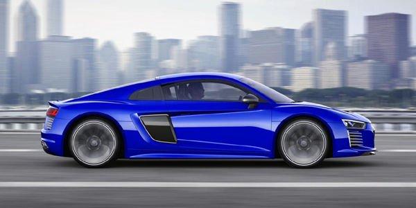 L'Audi R8 e-tron passe en mode piloted driving