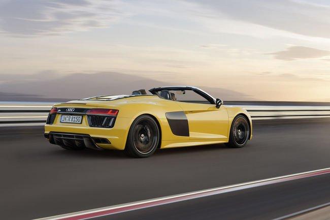 Audi R8 V10 Spyder : ouverture des commandes