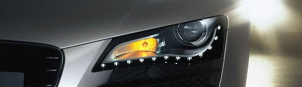 L'Audi R8 joue les sapins de Noël