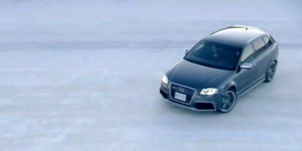 L'Audi RS3 en glisse sous la neige