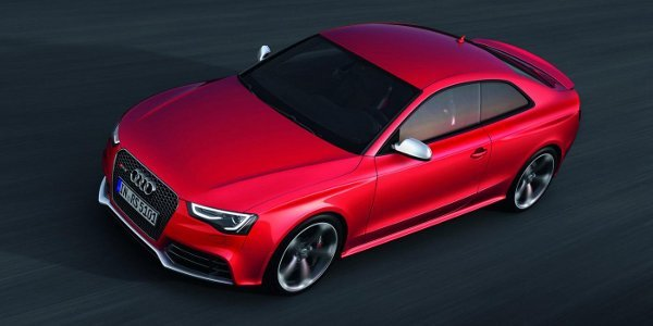 Audi RS5 2012, simple repoudrage