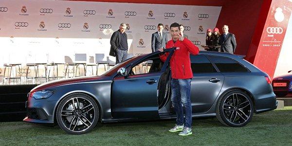 Cristiano Ronaldo en Audi RS6 Avant