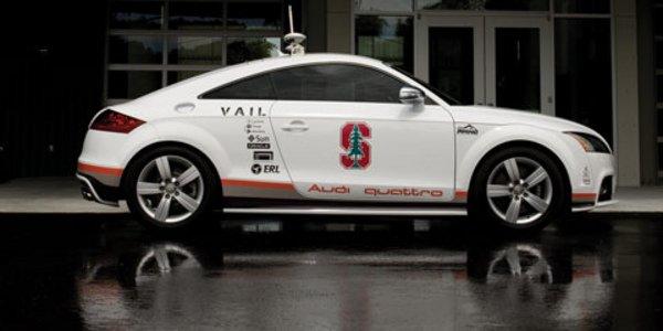 L'Audi TTS autonome grimpe le Pikes Peak