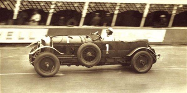 La plus âgée des Bentley vendue 1 M$