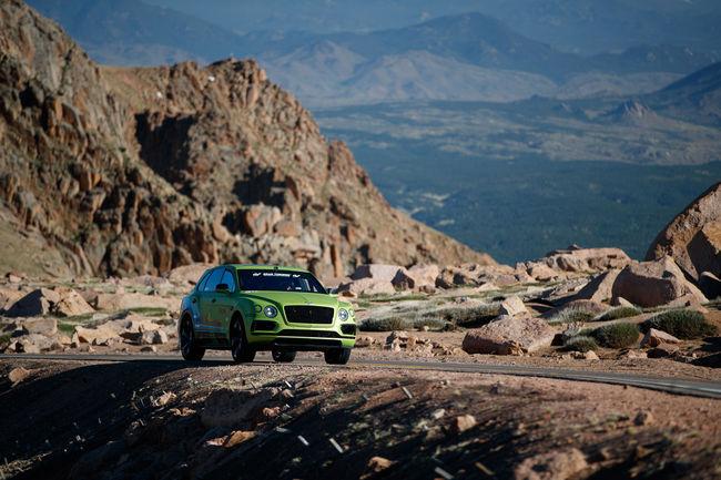 Pikes Peak : une victoire et une édition limitée pour Bentley