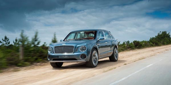 Le Bentley EXP 9 F Concept en tournée