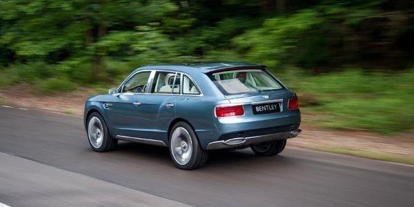 Bentley EXP 9F : feu vert donné