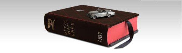 Le dernier Bond s'habille chez Bentley !
