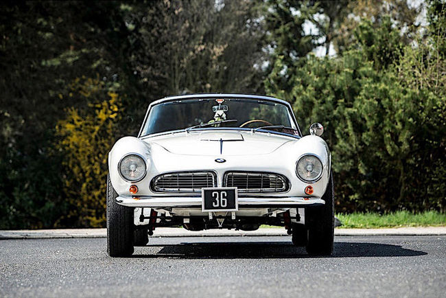 Bonhams : une BMW 507 Roadster royale à Monaco
