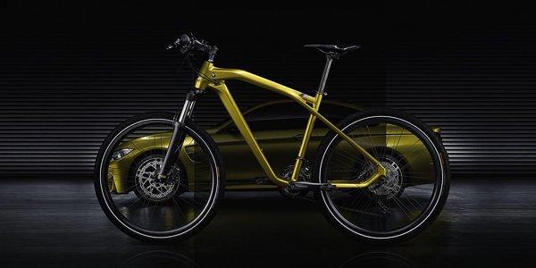 bmw cruise m bike limited edition actualit automobile. Black Bedroom Furniture Sets. Home Design Ideas