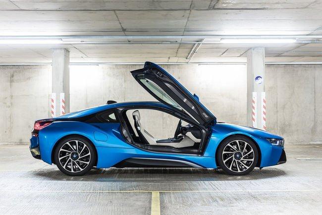 BMW i8 : restylage attendu pour 2017