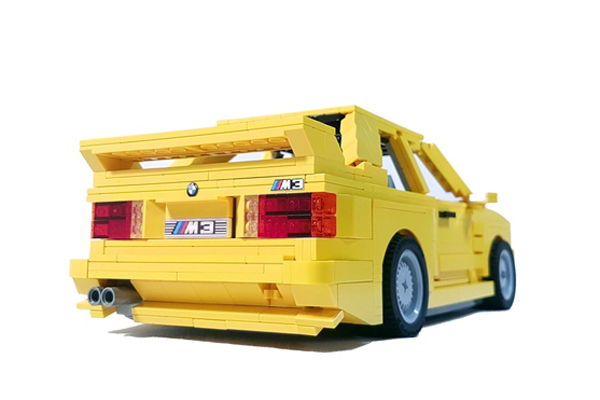 Cette BMW M3 en Lego attend votre soutien