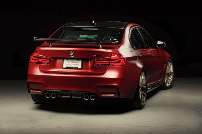 SEMA : one-off BMW M3 30 years American Edition