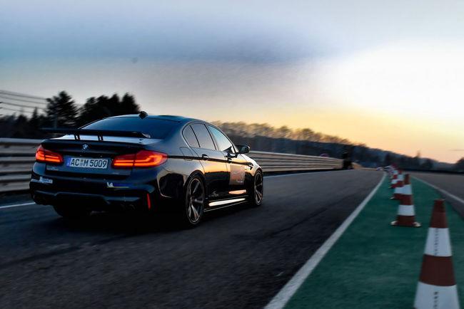 La BMW M5 s'illustre sur le Sachsenring