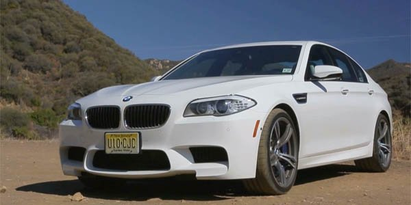 BMW M5 : boite manuelle ou automatique ?