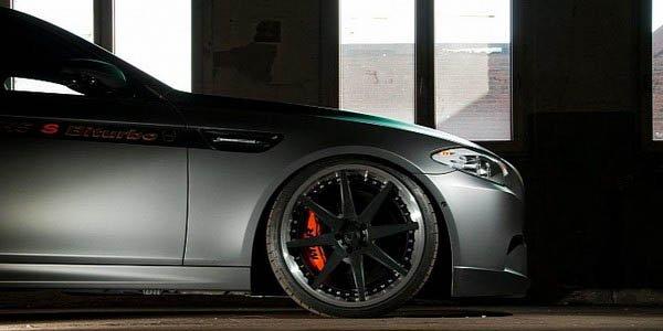 BMW M5 : Manhart en remet une couche !