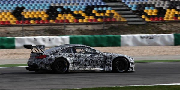 Tests intensifs pour la BMW M6 GT3