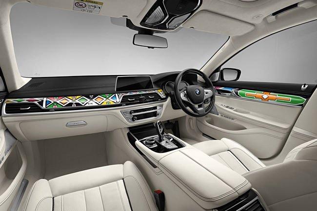 Une BMW Série 7 Art Car aux enchères