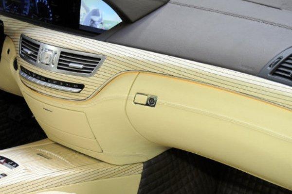 brabus sv12 r un bureau dot de 750 ch actualit automobile motorlegend. Black Bedroom Furniture Sets. Home Design Ideas