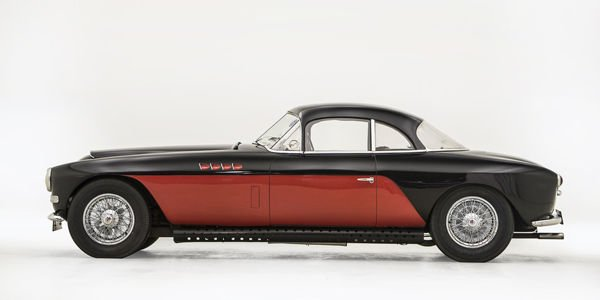 Une Bugatti ex-Nicolas Cage aux enchères