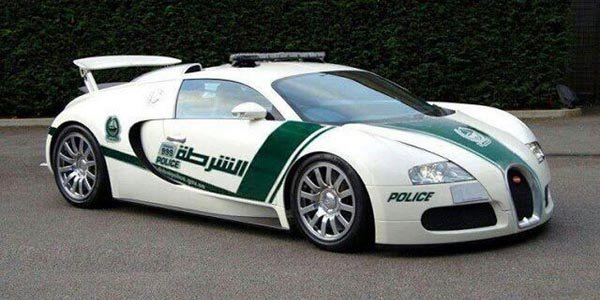 La Police de Dubaï exhibe sa Veyron