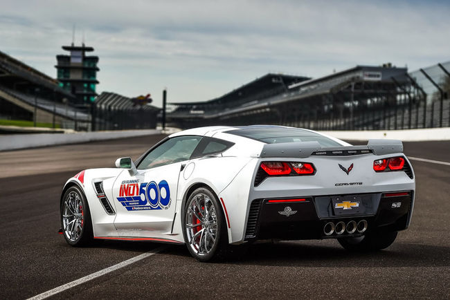 La Corvette Grand Sport pace-car à Indianapolis
