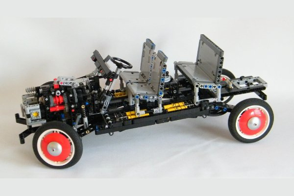Construisez votre Citroën 2CV Charleston en Lego