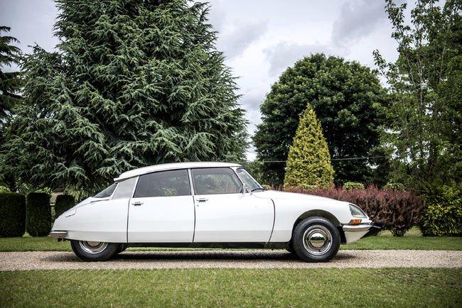 Une rare Citroën DSuper 5 aux enchères