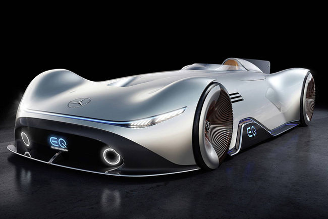 Pebble Beach : concept Mercedes EQ Silver Arrow