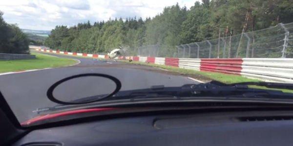 Crash impressionnant sur le Nürburgring