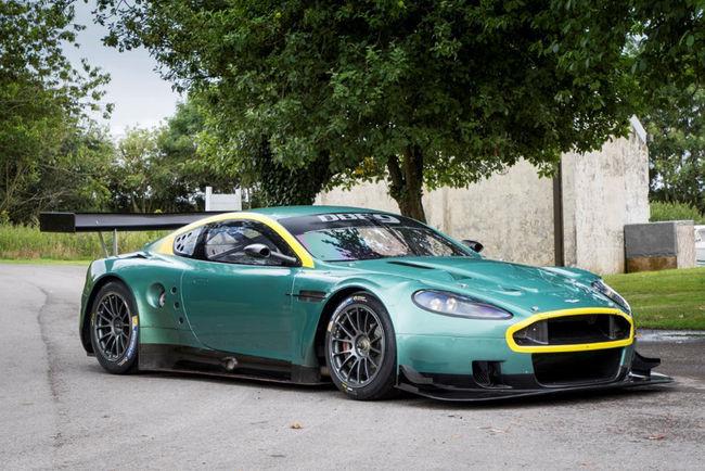 Deux Aston Martin de compétition à vendre chez Fiskens