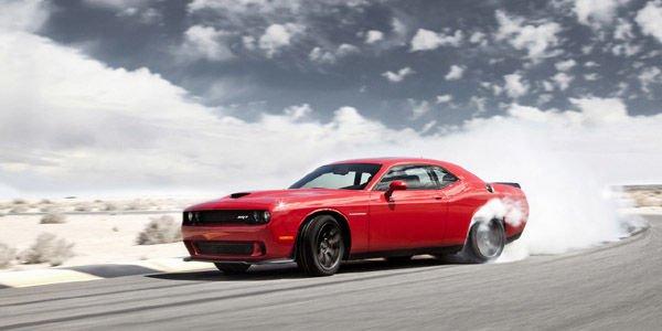 Vente record pour la première Dodge Challenger SRT Hellcat