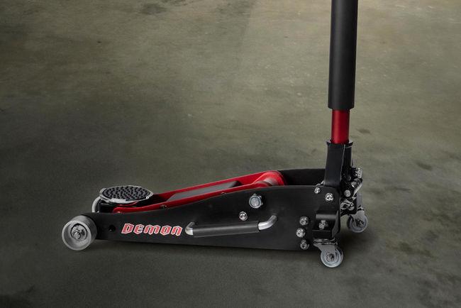 Dodge Challenger SRT Demon : livrée avec sa caisse à outils
