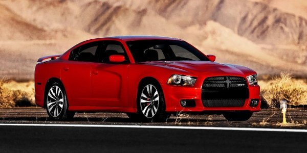 Dodge Charger et Challenger SRT 2012