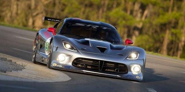 290 km/h pour le SRT Viper GTS-R
