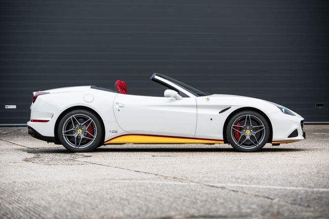 Silverstone Auctions : one-off Ferrari California T