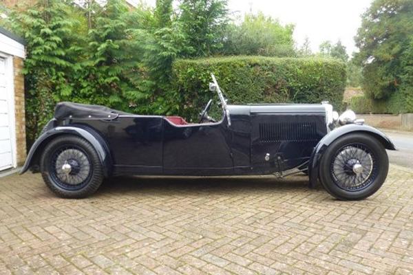 Une rare Aston Martin 1934 aux enchères