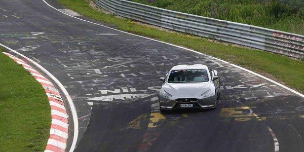 La Furtive-eGT s'attaque au Nürburgring
