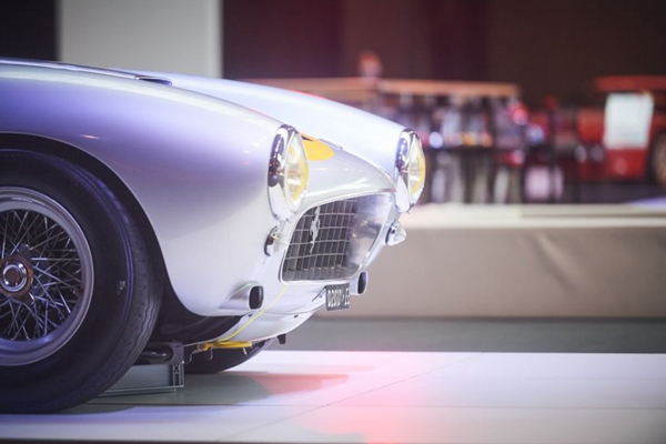 Exposition Ferrari à l'Autoworld de Bruxelles